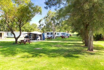 Caravans_Tents