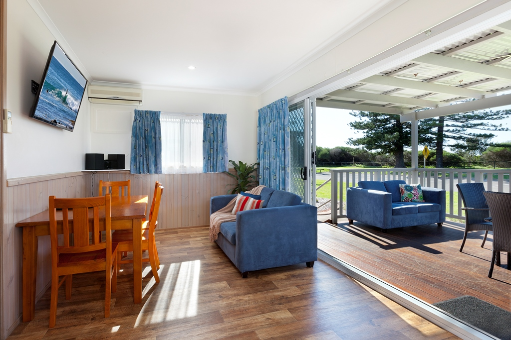 Lounge_Deck